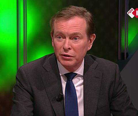 Minister doet corona-onthulling live op tv: toeval of niet?