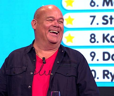 Paul de Leeuw heeft seks met fan: 'Was leuke jongen'