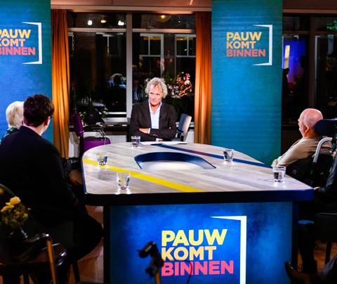 Jeroen Pauw-show zes zondagen lang op tijdslot Op1